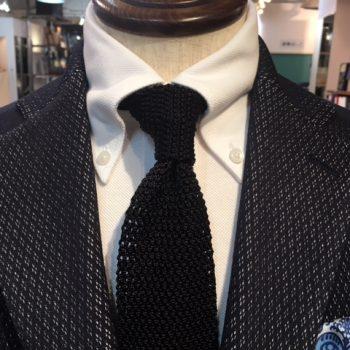 春夏に定番の、あのネクタイがついに!!