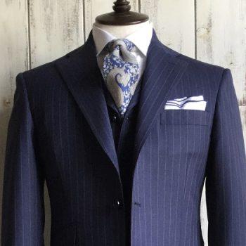 新着!着たくなるスーツをご紹介。No.1