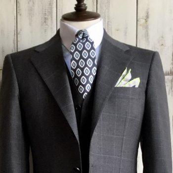 新着!着たくなるスーツをご紹介。No.4