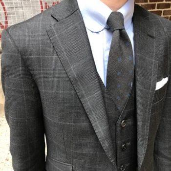 人気のイタリア製ネクタイ ブルーステラ。