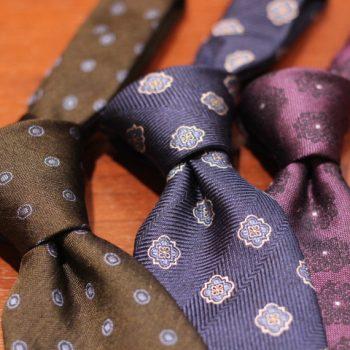 シンプルでカッコいいネクタイの選び方
