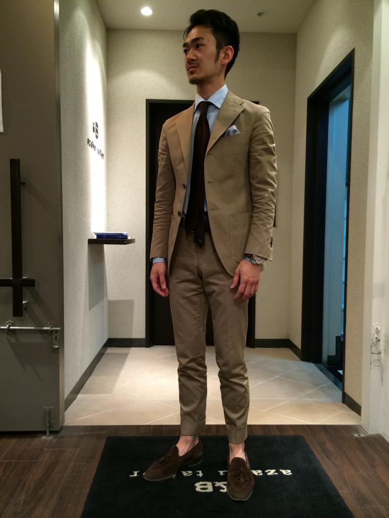 松田、イタリア人への道程~♪⑤ベージュsスーツ編 Amp B 銀座six店
