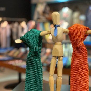 ネクタイ選びは麻布テーラーで。