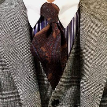 ネクタイのご紹介を
