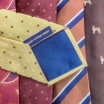 オーダーシャツに合わせたネクタイを。