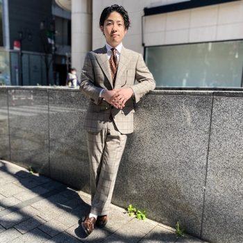 中丸ゆうとの新作スーツ。