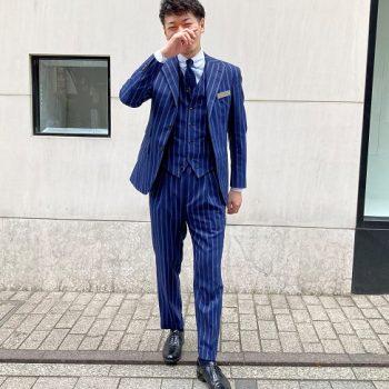 小池店長のスーツ(青いよ)