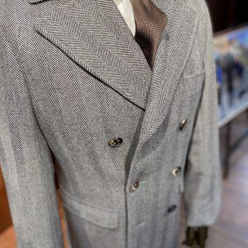 スーツに合う王道コート